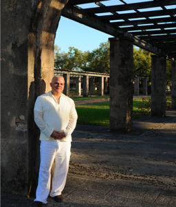 hector l espinosa Psychic medium and spiritual healer -about